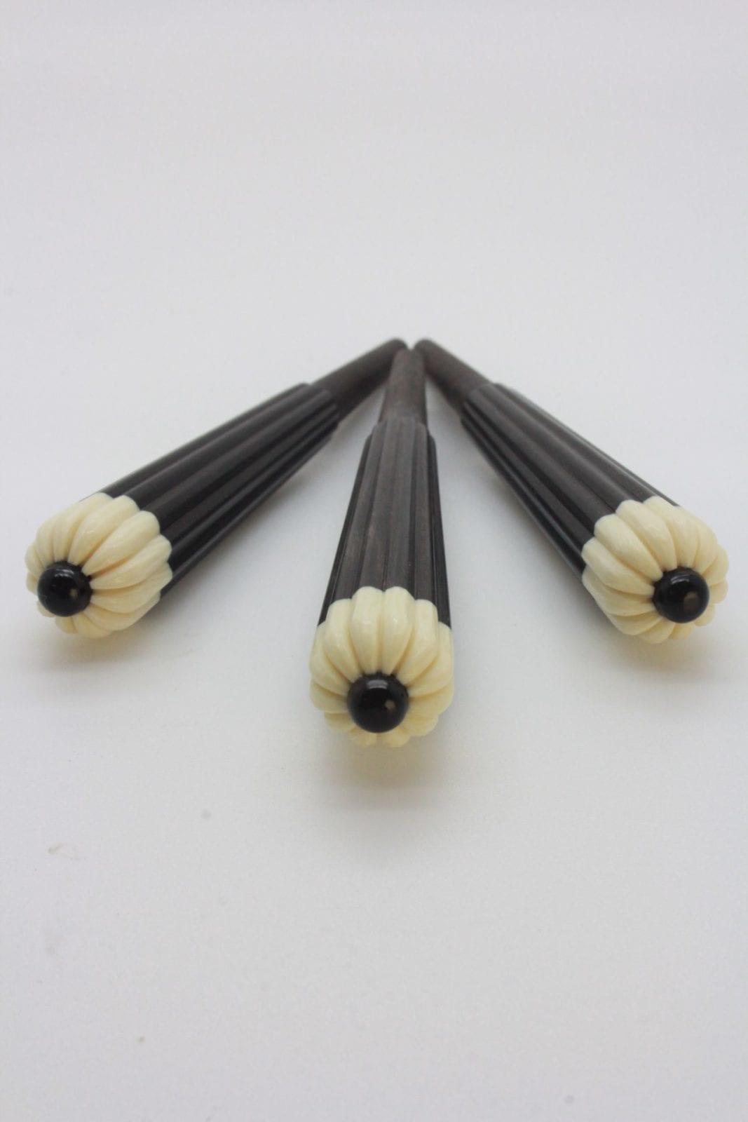 三線 カラクイ (糸巻き) 県内職人製 カンプー 玉黒 3本セット